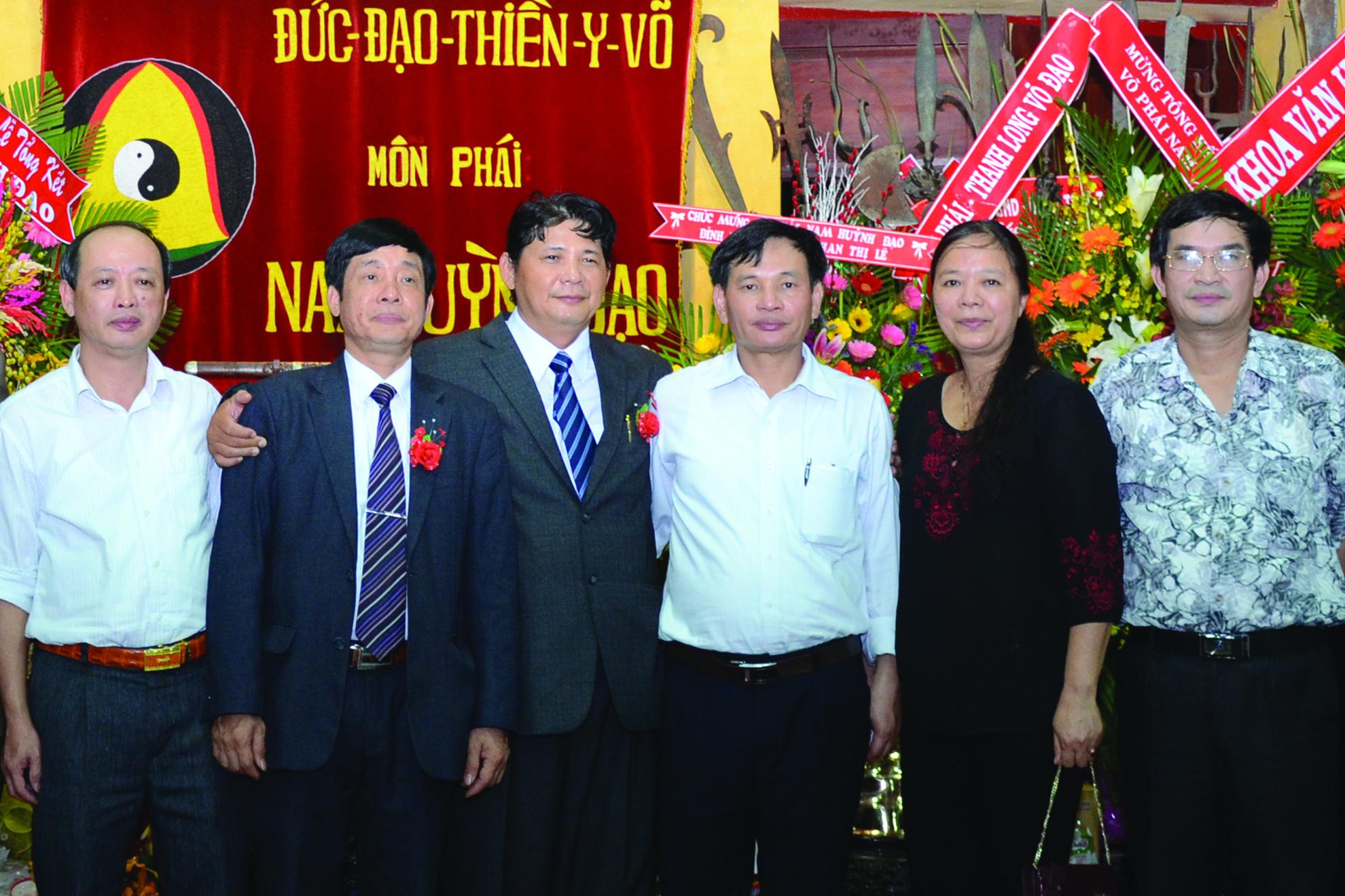 Đoàn Giáo dục tỉnh Vĩnh Phúc đến tham dự Lễ bế Môn